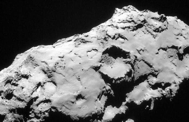Image of Comet 67P/Churyumov-Gerasimenko on 21 September 2014 (image: ESA/Rosetta/NAVCAM)