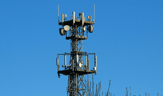base-station-tower-640