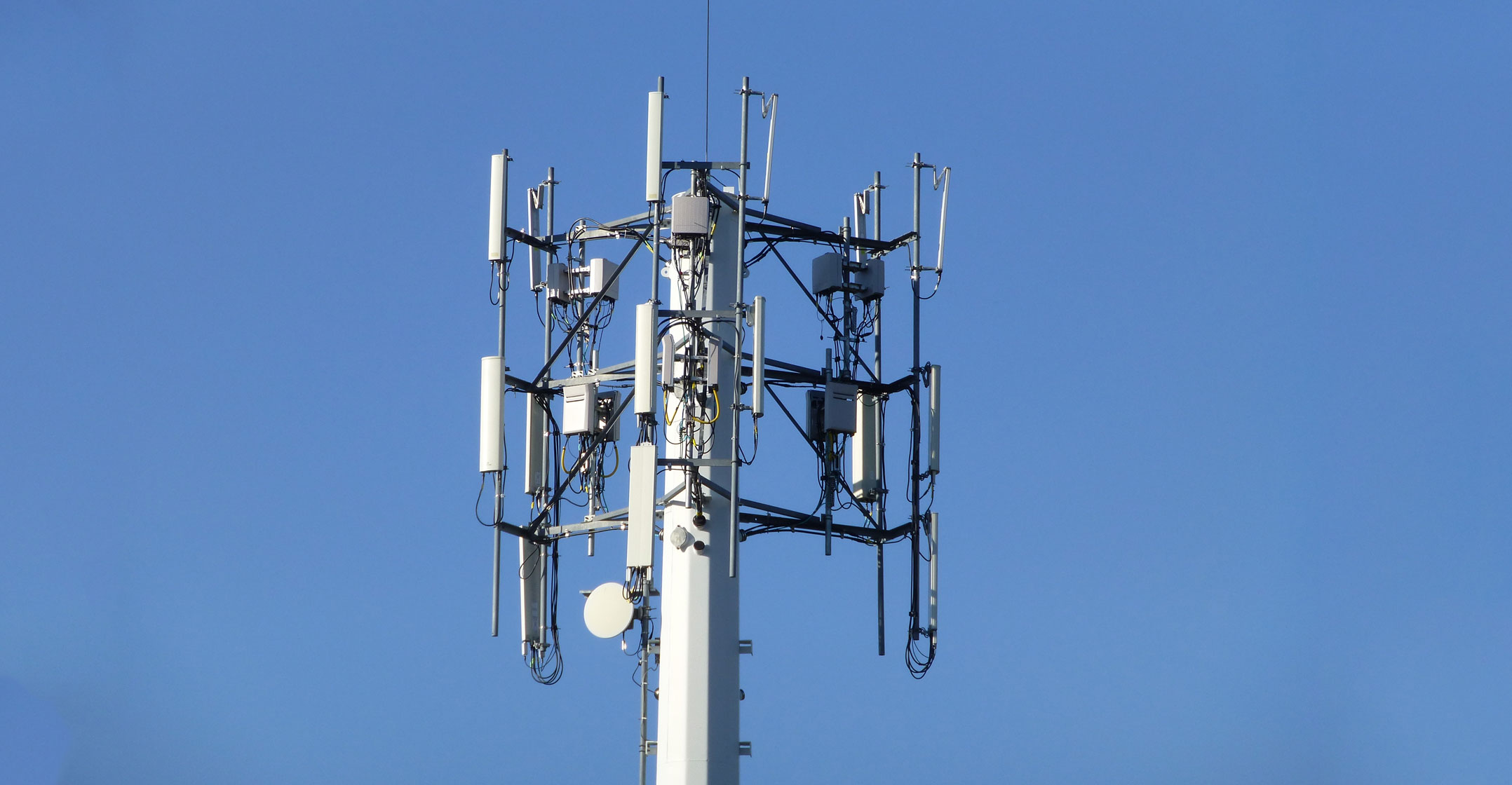 R10 5bn Plan To Make Africa S Phone Towers Green Techcentral