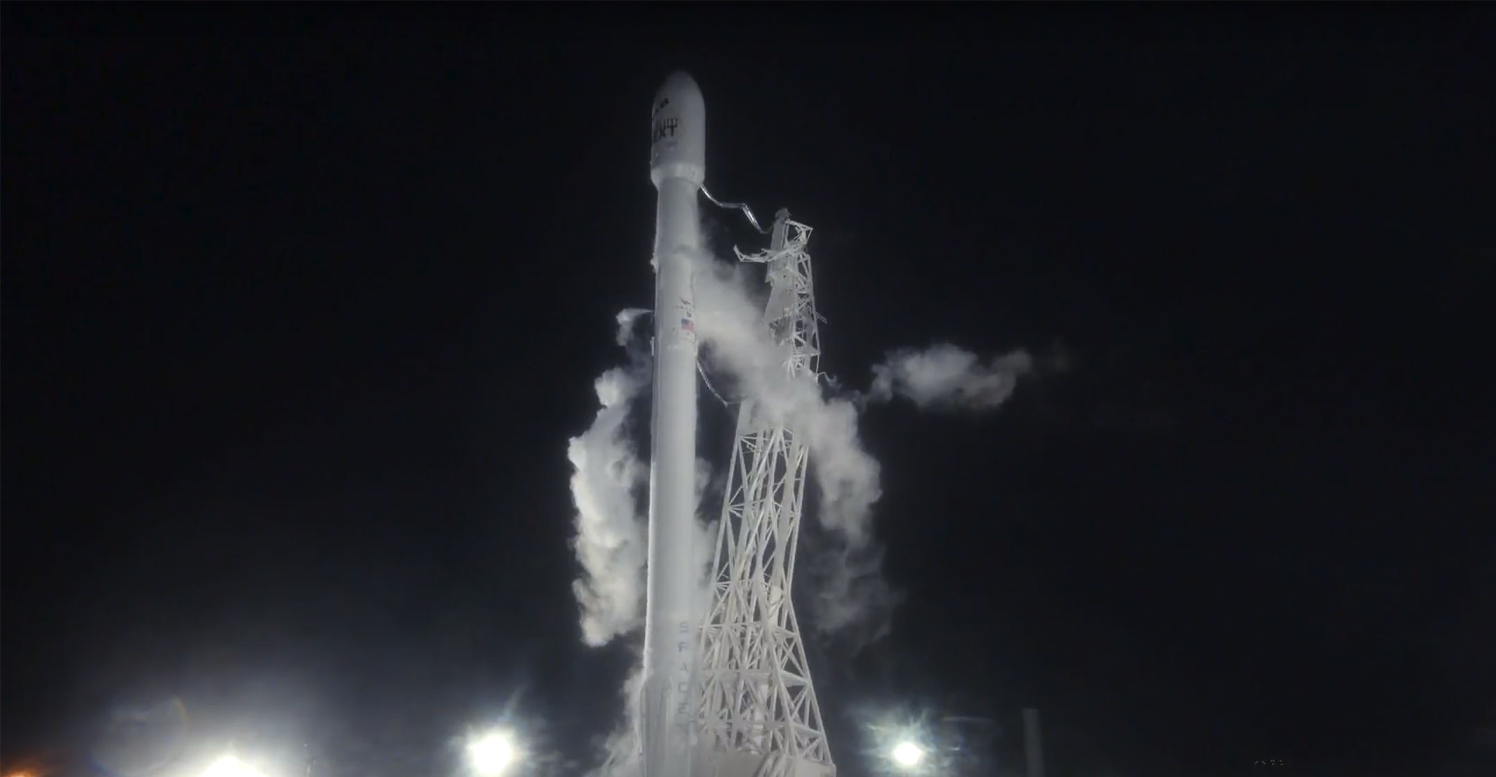 SpaceX says rocket performed OK in secret satellite launch
