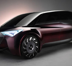 Toyota targets 1 000km range with fuel-cell car