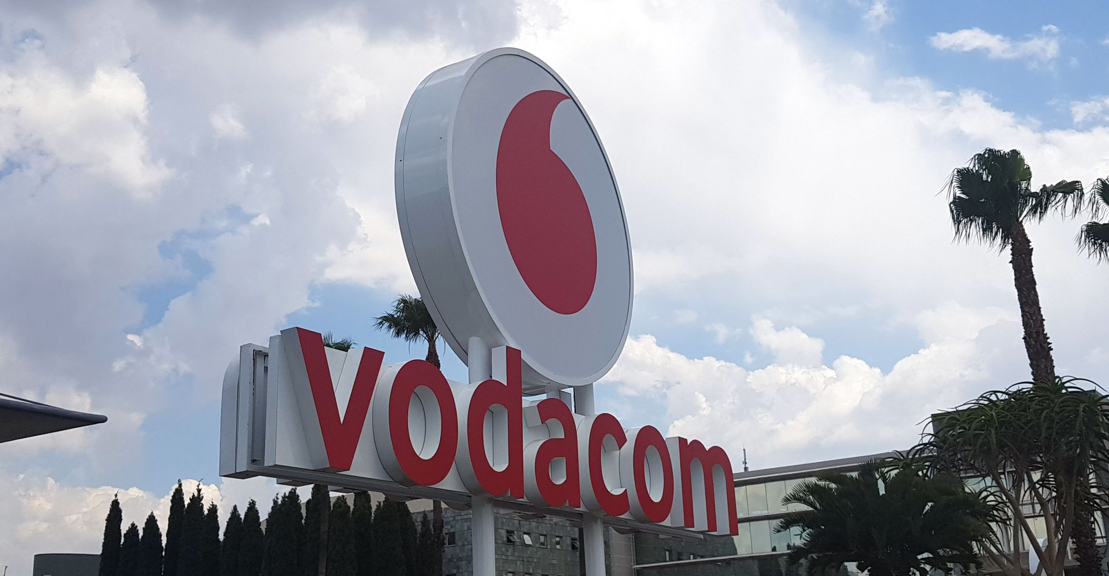 Vodacom subscriber numbers jump 13% - TechCentral