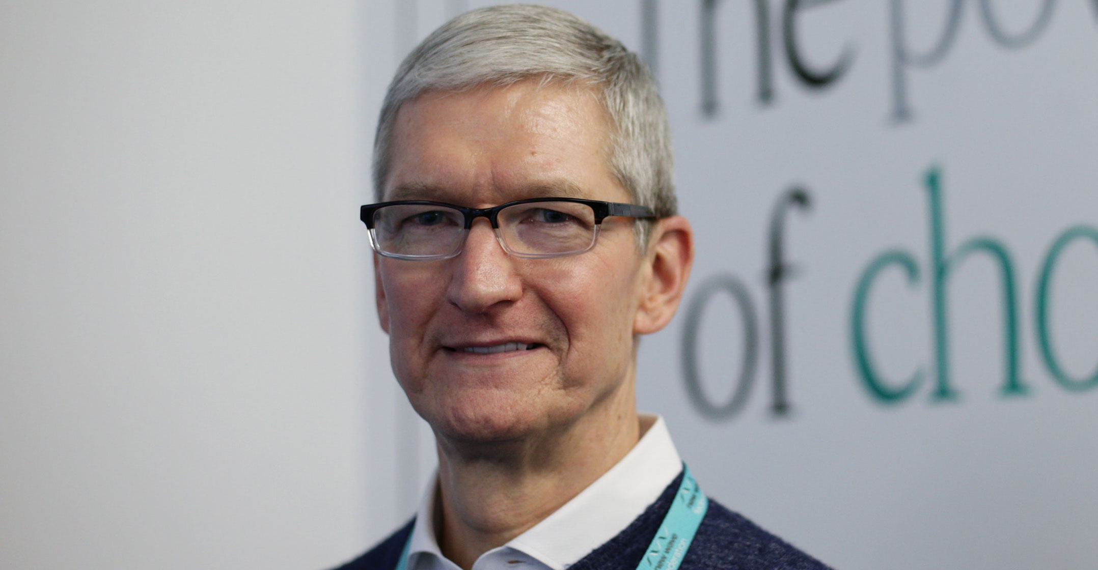 tim cook letter read tim cook s letter to apple employees on iphone sales 36901