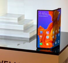 Huawei delays launch of Mate X foldable phone